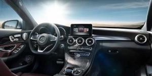 2015-Mercedes-Benz-C-Class-Caravan-interior