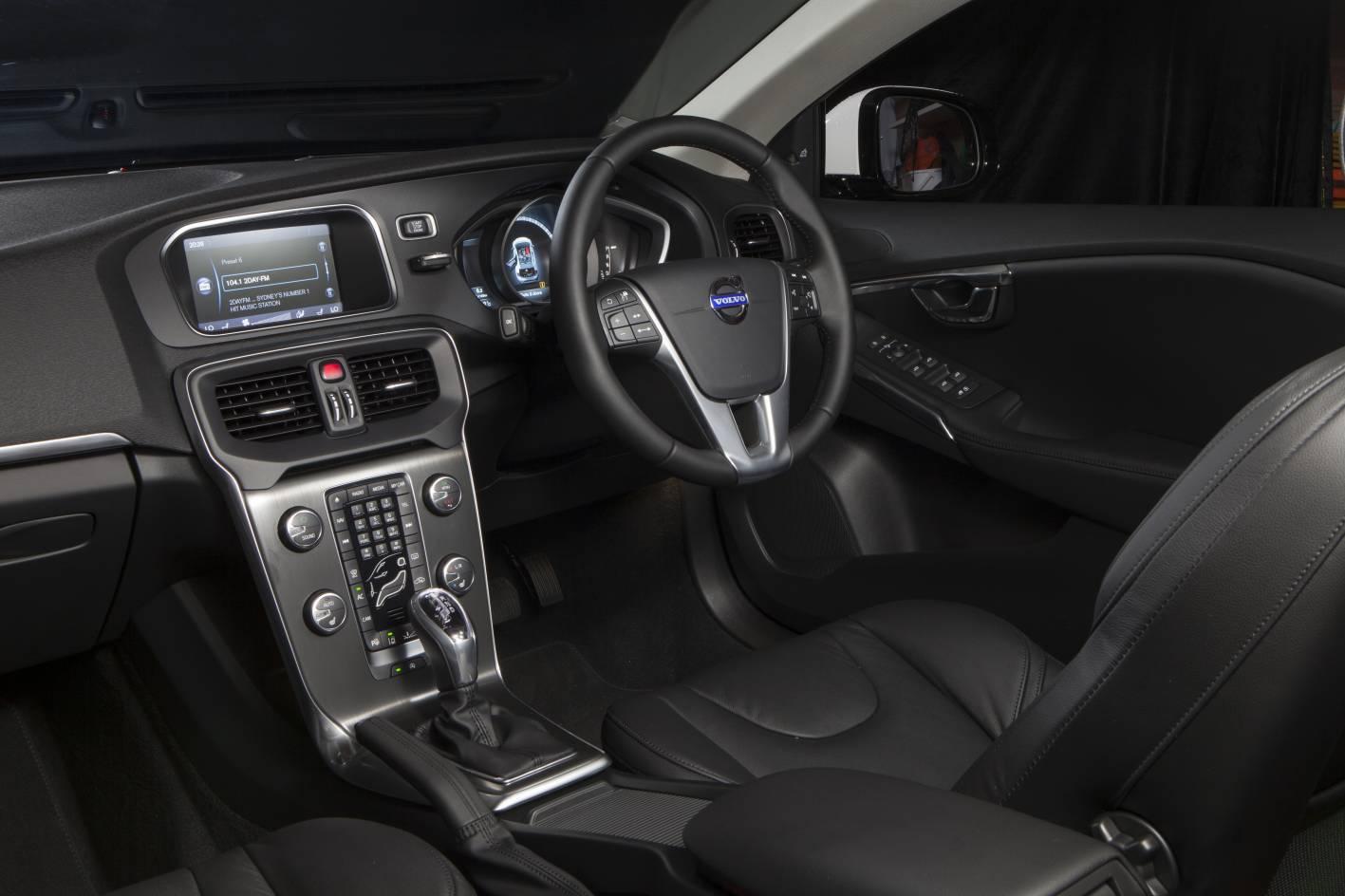 Volvo_V40_7_Interior