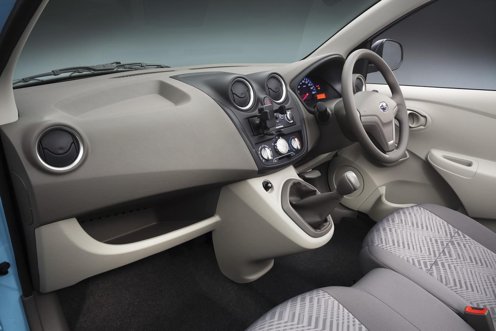 Datsun-Go-interior