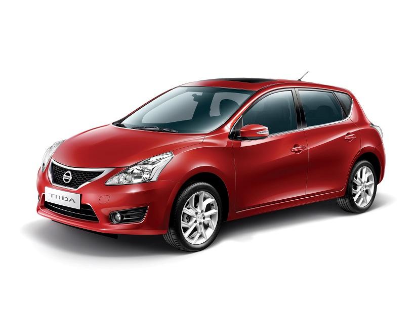 Nissan_Tiida