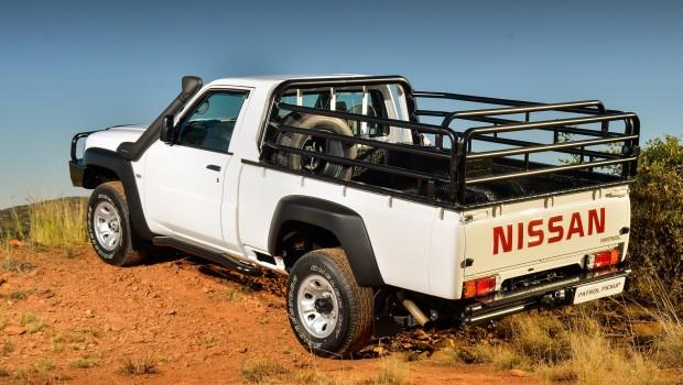Nissan-Patrol-Pickup