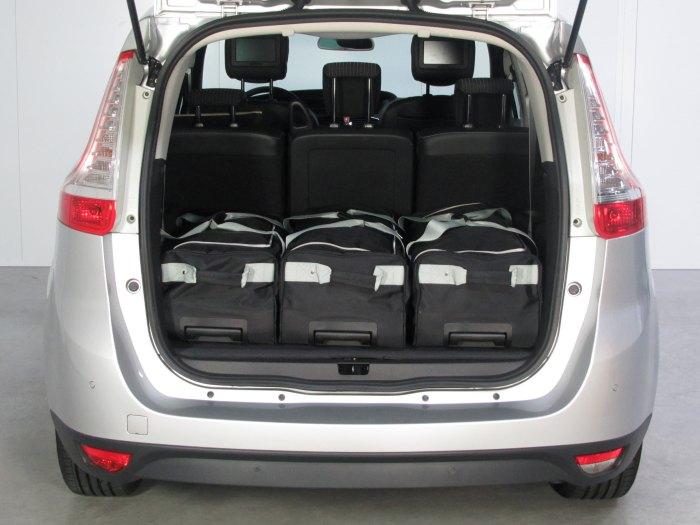 Renault Grand Scenic boot