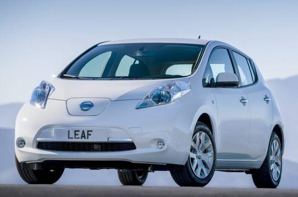 Nissan-Leaf-2015