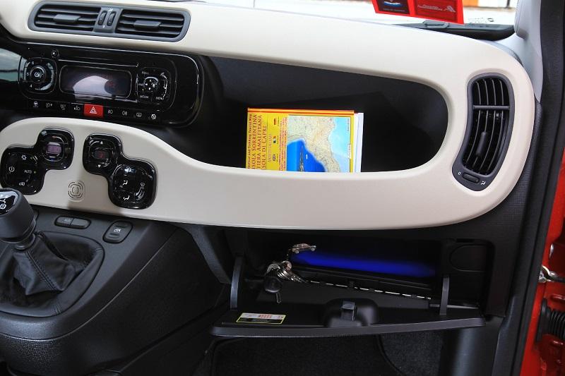 2014-Fiat-Panda-storage