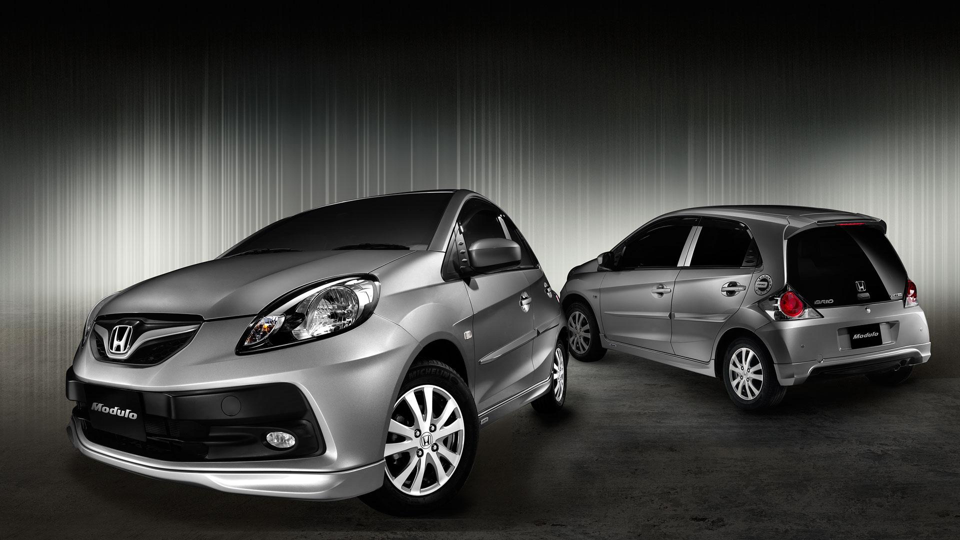 Honda-Brio-wallpaper