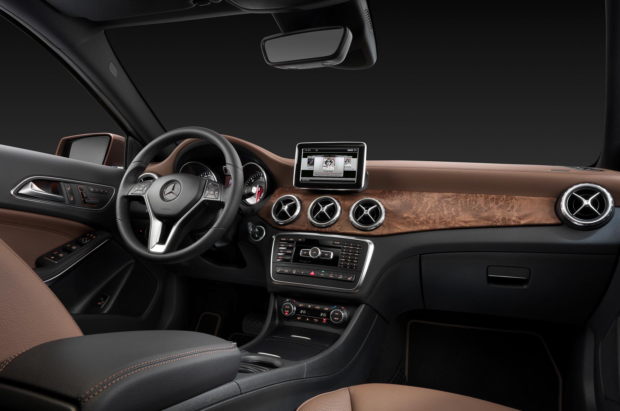 Mercedes-Benz-Interior