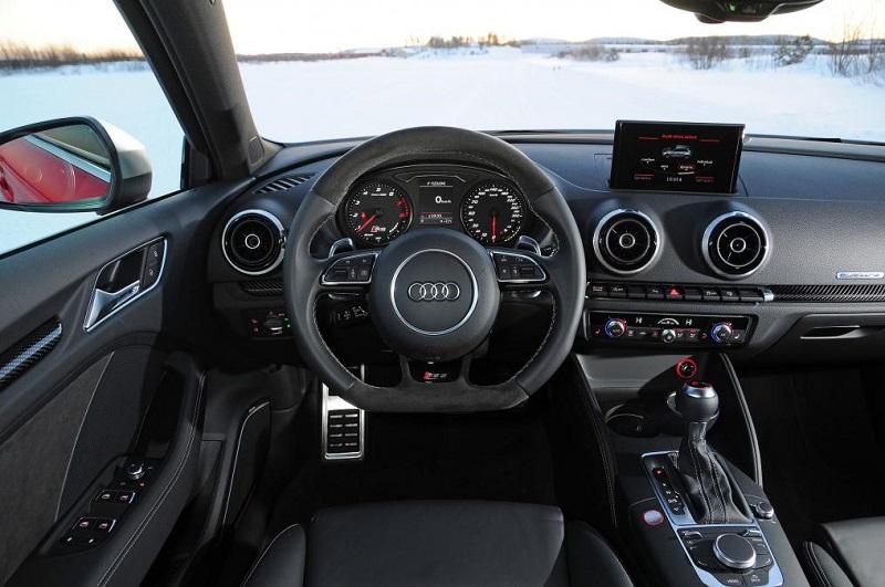 Audi-rs3-interior