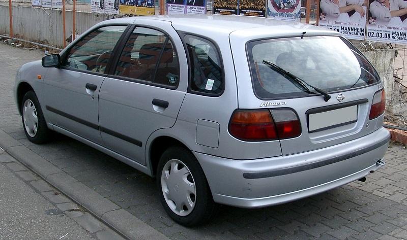 nissan-Almera-1995