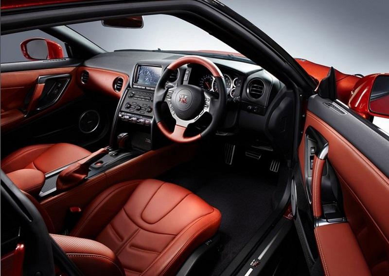 Nissan-Gt-R-Interior