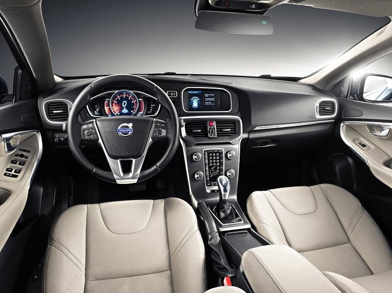 Volvo-V40-Interior-view