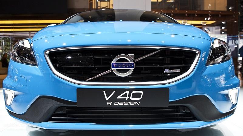 Volvo-V40-R-Design