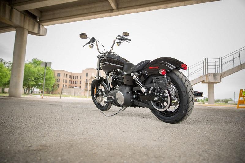 Harley-Davidson-Dyna-Street-Bob