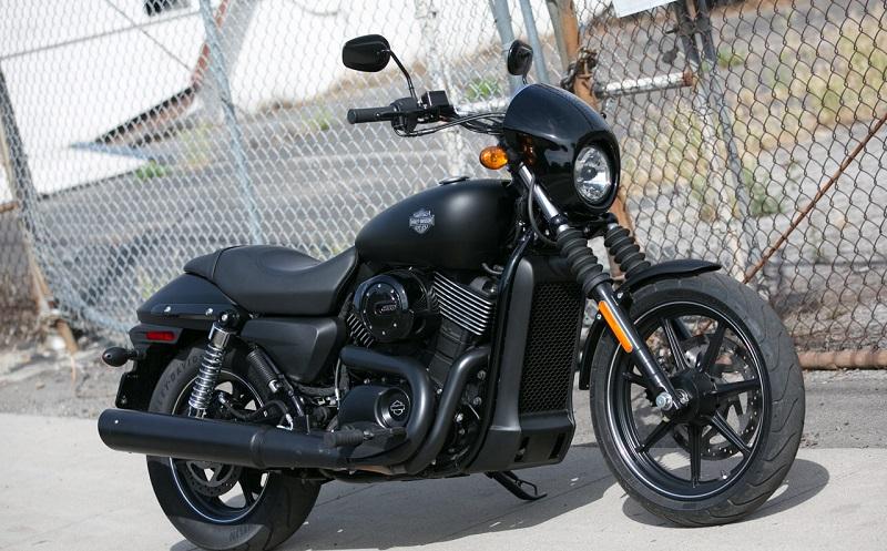 Harley-Davidson_Street750