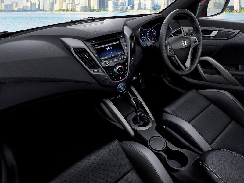 Hyundai-Veloster-Interior