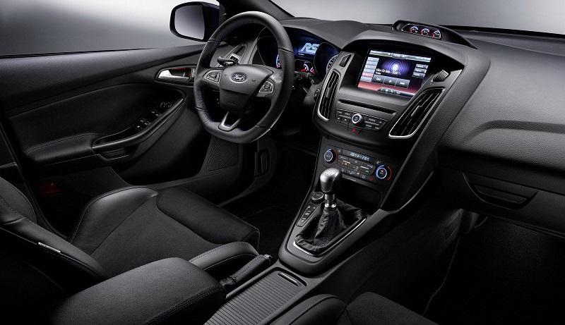 2016-ford-focus-rs-interior