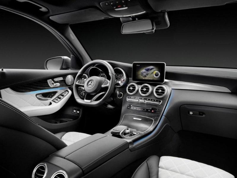 Merc-GLC-interior