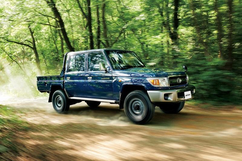 Toyota-Land-Cruiser-70