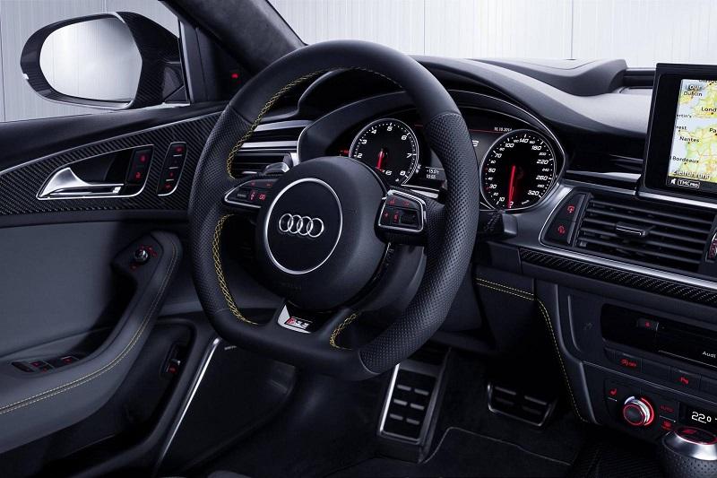 audi-rs6-interior