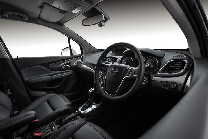 2015-Opel-Corsa-OH-interior