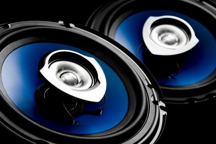 car-speakers-blue