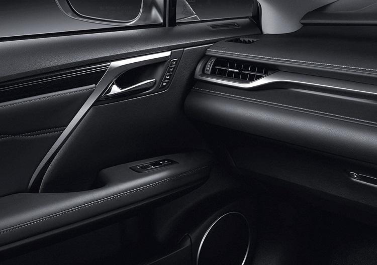 lexus-suv-leather-interior