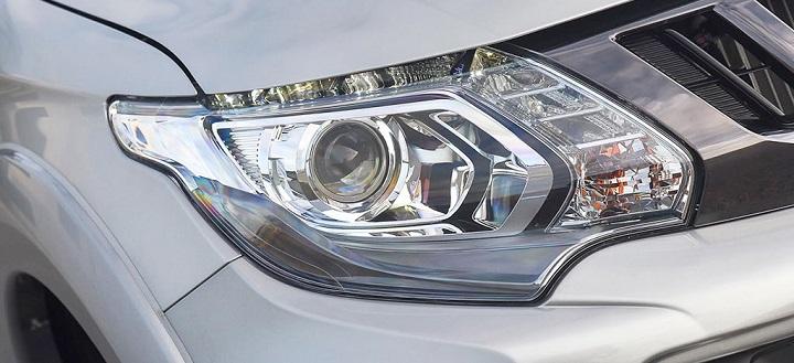 mitsubishi triton headlights