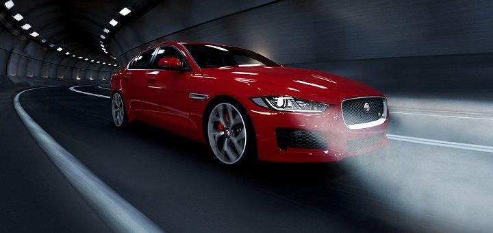 jaguar xe on the rroad