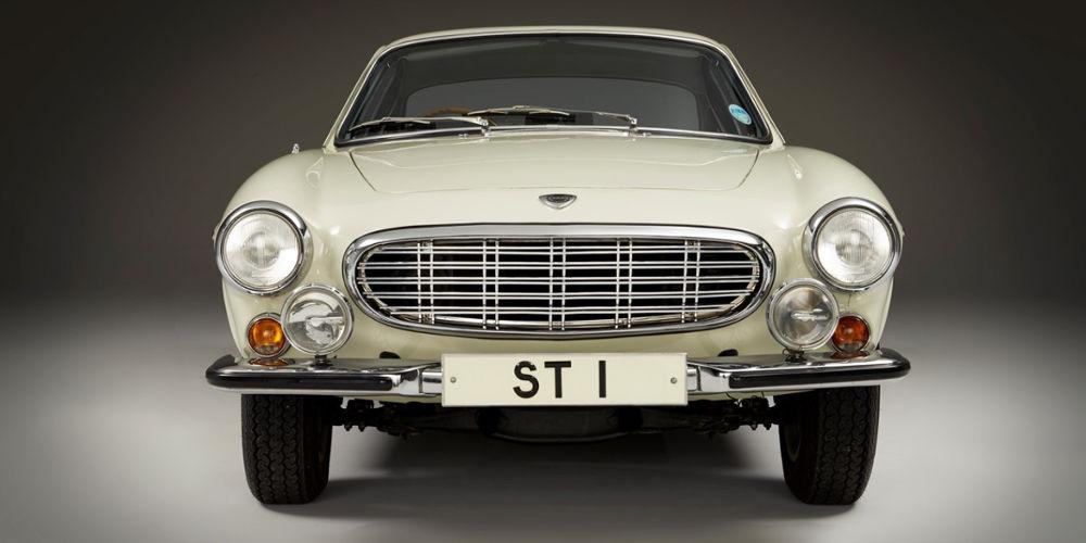 Volvo 1800S | Techno-Classica Car Show Germany | Auto Mart