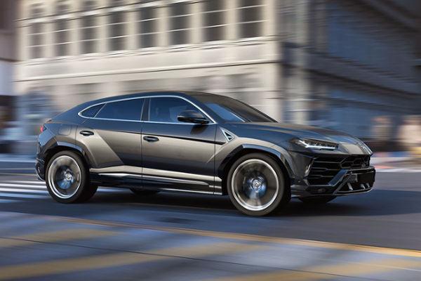 The new Lamborghini Urus is the world's first super sport utility vehicle