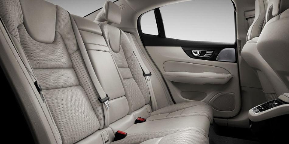 Volvo S60 Sedan Interior   Auto Mart