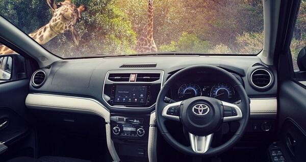 SUV(s), Toyota Rush