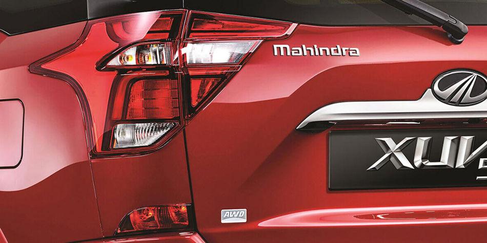 Mahindra XUV500 Exterior | Auto Mart