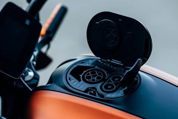 livewire-plug, Harley Davidson