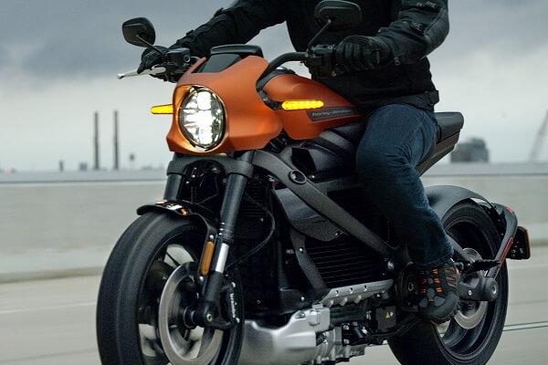 livewire-riding, Harley Davidson