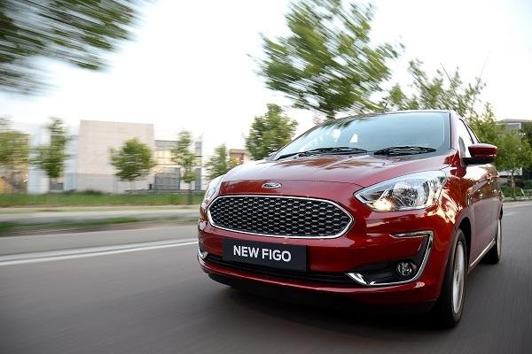 Ford Figo Titanium - Front View