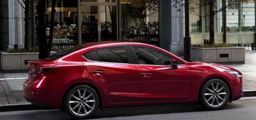 Mazda 3 - Exterior city