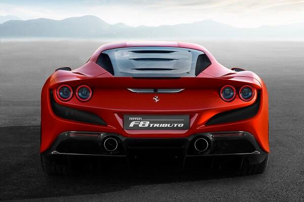 Ferrari f8 - Back