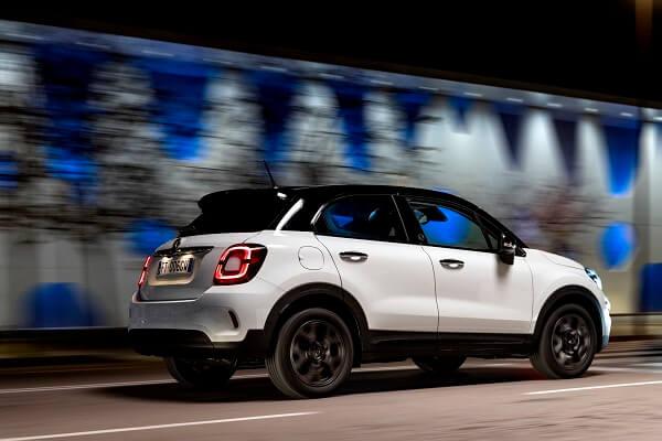 Fiat 500X - Back view