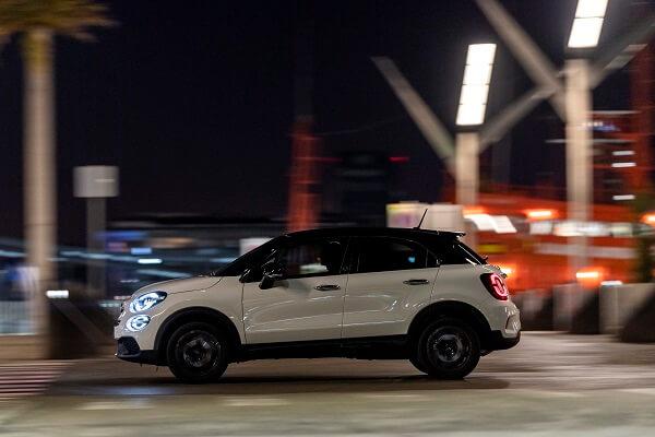 Fiat 500X - Side view