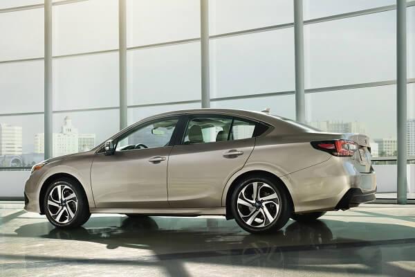 Subaru Legacy - Side Exterior