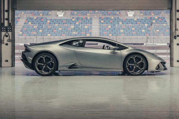 Lamborghini - Huracan evo - Side