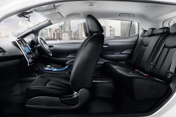 Nissan Leaf - Full Interior