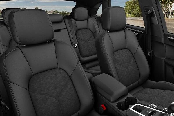 Porsche Macan - Interior - Auto Mart