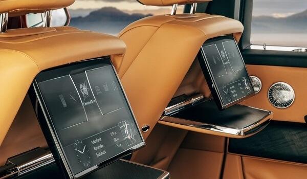 Rolls-Royce Cullinan - Interior - Auto Mart